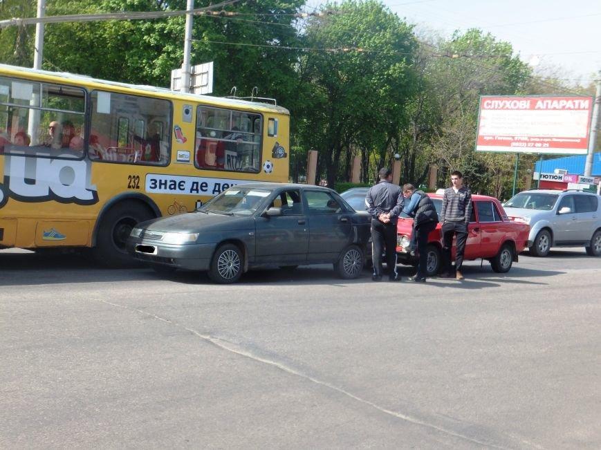 В Кировограде одновременно произошло два ДТП. ФОТО (фото) - фото 1
