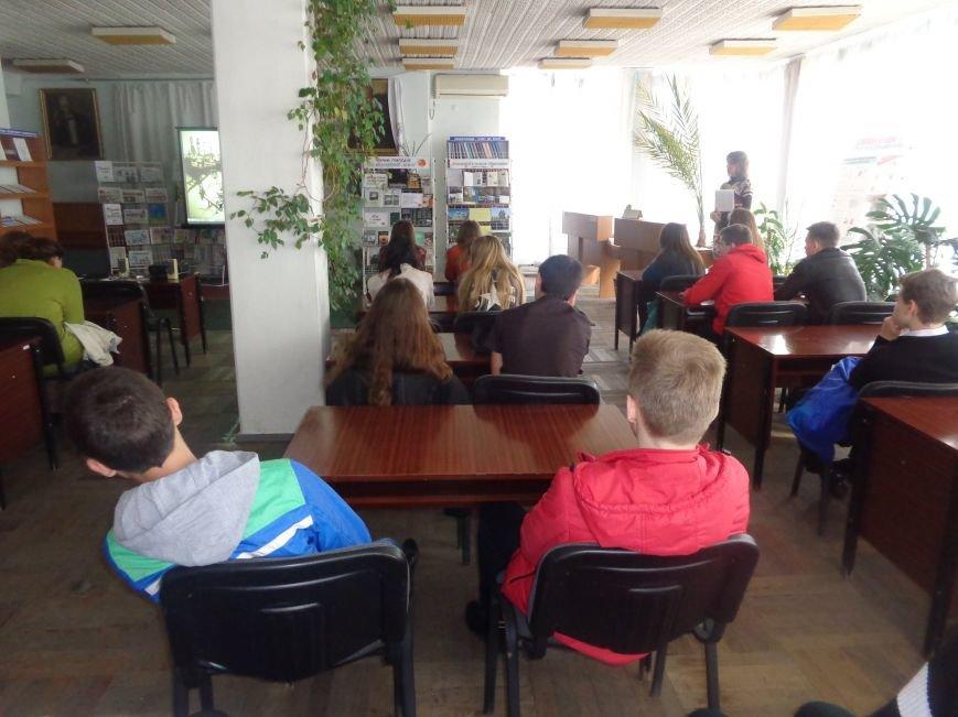 «Нашей планете хватит одного Чернобыля» - в Красноармейске (Покровске) почтили память жертв катастрофы на Чернобыльской АЭС (фото) - фото 6