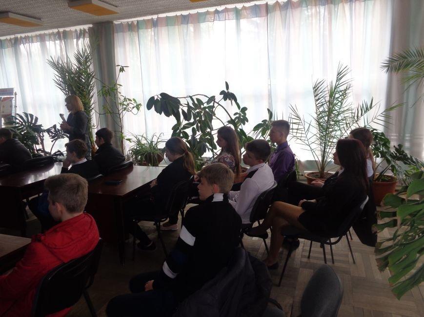 «Нашей планете хватит одного Чернобыля» - в Красноармейске (Покровске) почтили память жертв катастрофы на Чернобыльской АЭС (фото) - фото 5