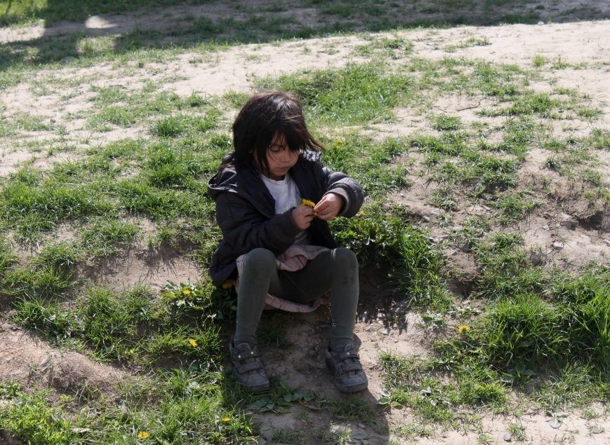 Один день з життя циганського табору на Ужгородщині: фоторепортаж, фото-20