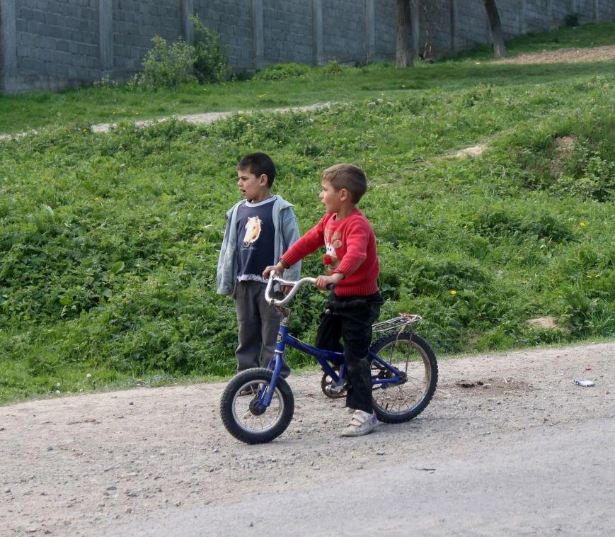 Один день з життя циганського табору на Ужгородщині: фоторепортаж, фото-9