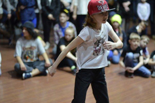 23 апреля в Пскове  состоялось главное танцевальное шоу года танцевальный «Bez_Predel-2016». (фото) - фото 1