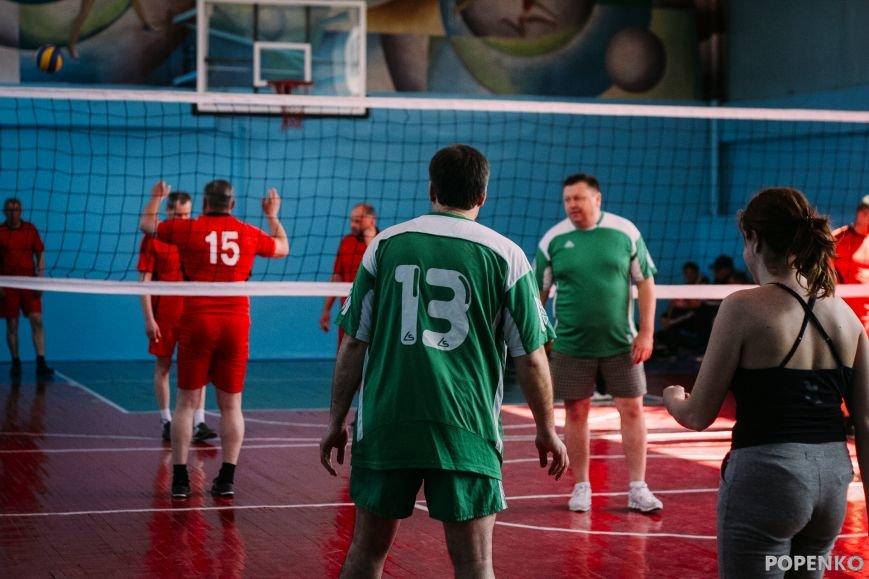 А вы уже видели, как кременчугские депутаты в футбол и волейбол играют? (ФОТО), фото-4
