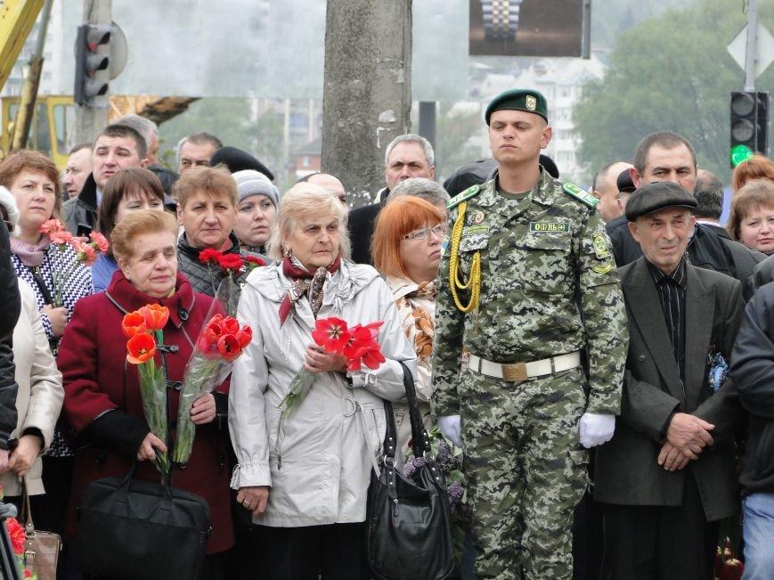 У Хмельницькому відбулися заходи вшанування 30-ої річниці трагедії на Чорнобильській АЕС (Фото) (фото) - фото 4