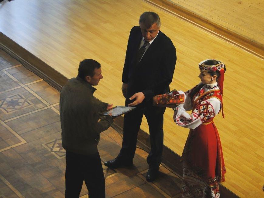 У Хмельницькому відбулися заходи вшанування 30-ої річниці трагедії на Чорнобильській АЕС (Фото) (фото) - фото 2