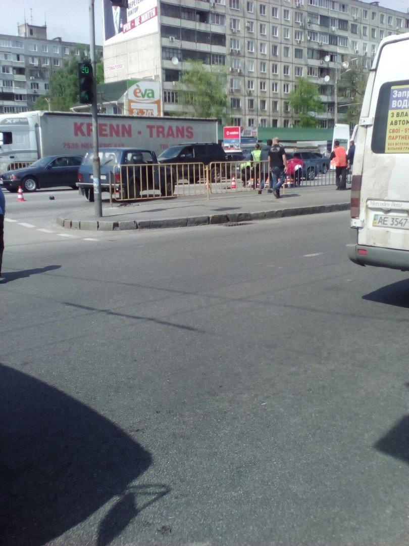 ДТП на Слобожанском: мужчина попал под колеса