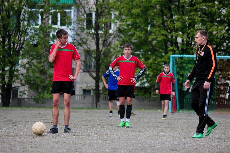 В Красноармейске (Покровске) определены лучшие футболисты (фото) - фото 2