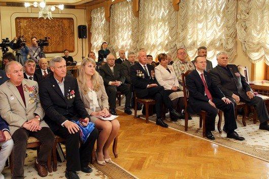 Соцподдержка чернобыльцев Крыма: В этом году в бюджете республики предусмотрено в среднем по 4 тыс руб на человека (ФОТО) (фото) - фото 1