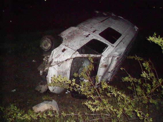 Внаслідок жахливої аварії на автодорозі Львів-Тернопіль постраждало двоє людей (ФОТО) (фото) - фото 2
