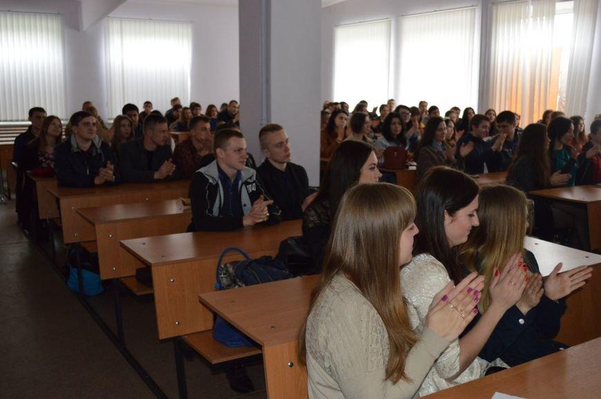 В ДонНТУ Красноармейска (Покровска) прошла открытая лекция, посвящённая женским бесстрашию и героизму (фото) - фото 4
