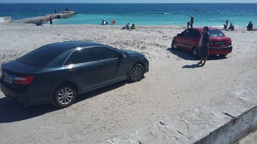 5297eb37569db245ab62c1d40943418f В Одессе у моря обнаружили необычных пляжников