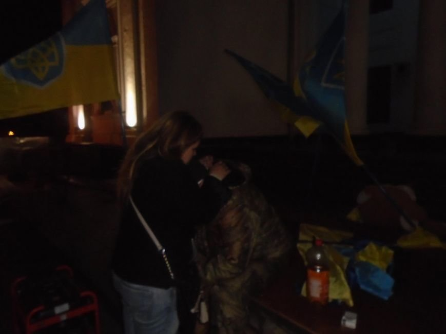 a83cb914a023c32487413aa0cfcaff77 В Одессе неизвестные попытались разогнать Майдан на Думской площади