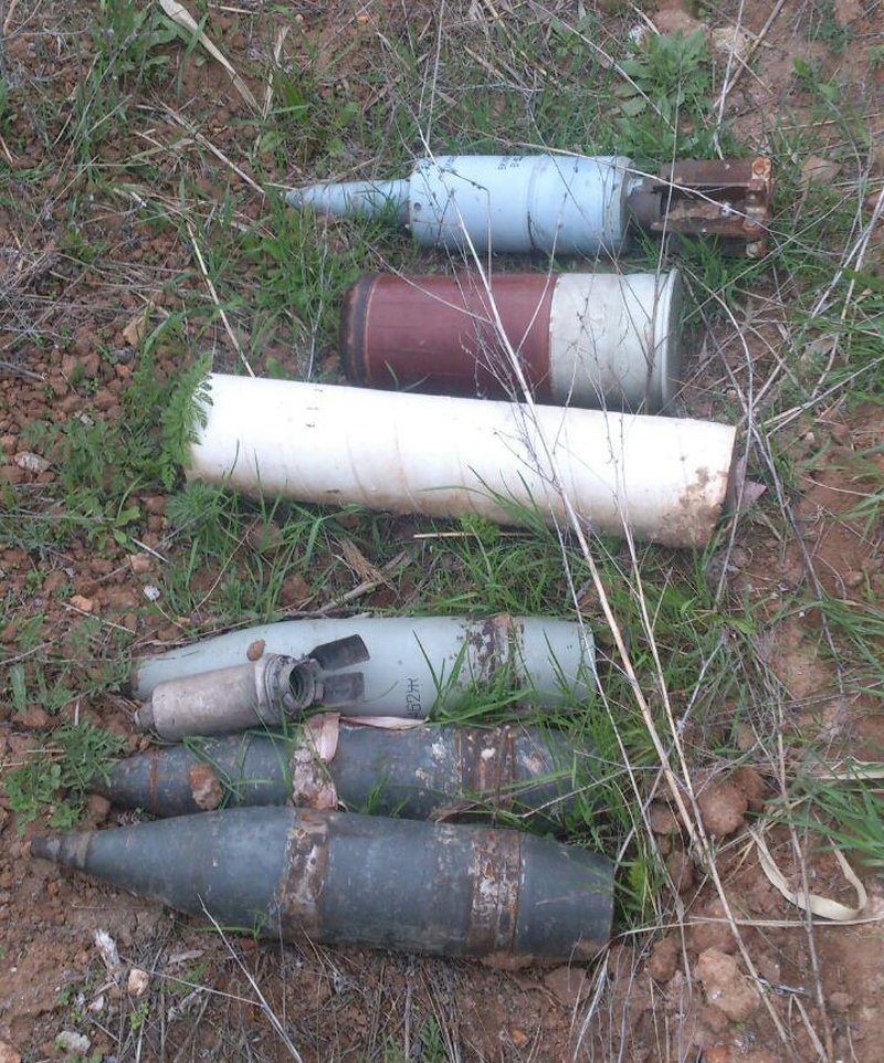 Вблизи Мариуполя найдены артилерийские снаряды (ФОТО) (фото) - фото 1