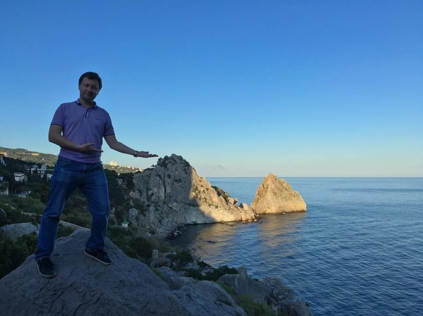 Лидеру российских геев не понравилось в Крыму: кругом мусор и разруха (фото) - фото 1