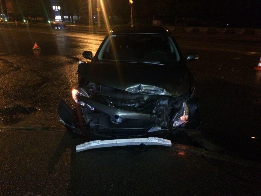 Вечер ДТП в Днепропетровске: столкнулись ЗАЗ и Subaru Forester, а также Toyota Corolla и ВАЗ (ФОТО) (фото) - фото 5