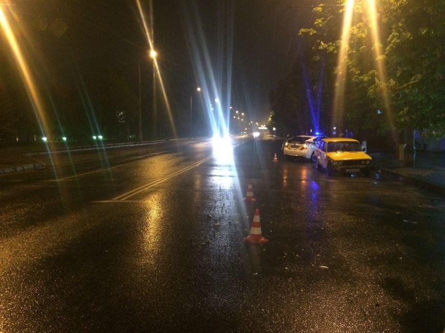 Вечер ДТП в Днепропетровске: столкнулись ЗАЗ и Subaru Forester, а также Toyota Corolla и ВАЗ (ФОТО) (фото) - фото 10