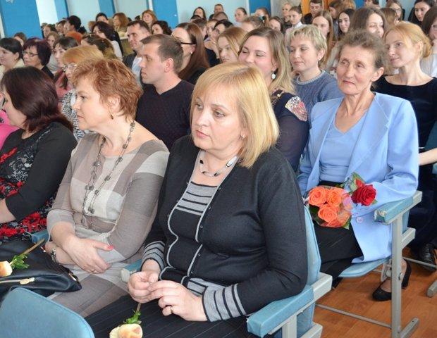 Ліцеїсти Рівненського обласного ліцею вдесяте отримали винагороди за знання, фото-3