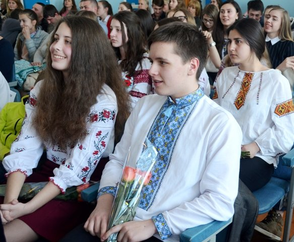 Ліцеїсти Рівненського обласного ліцею вдесяте отримали винагороди за знання, фото-4