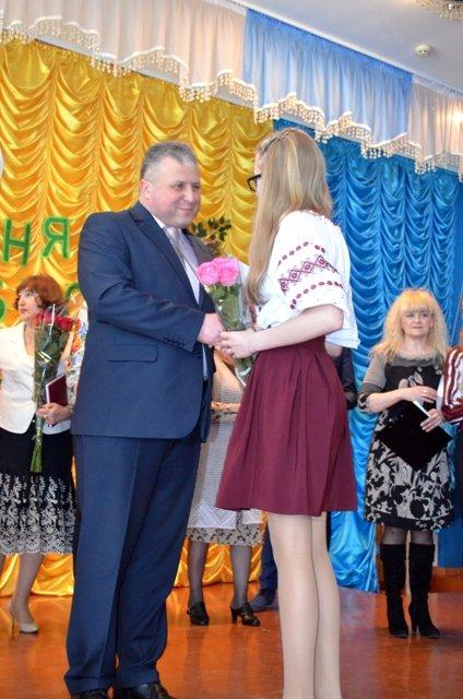 Ліцеїсти Рівненського обласного ліцею вдесяте отримали винагороди за знання, фото-2