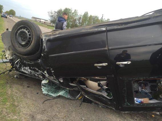 На Березнівщині загинув водій, авто якого перекинулося (ФОТО) (фото) - фото 1
