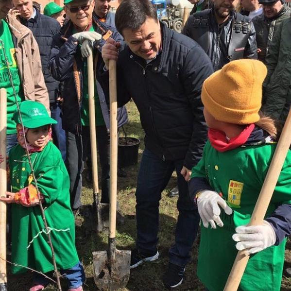 23 апреля в Подмосковье прошел общеобластной субботник (фото) - фото 1