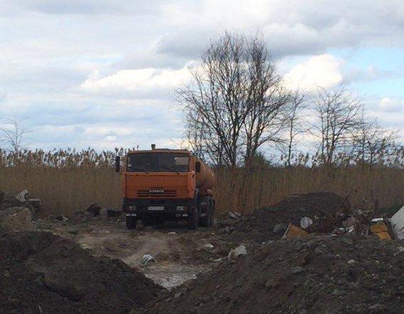 В Днепропетровске полиция раскрыла преступную схему утилизации опасных отходов (ФОТО) (фото) - фото 3