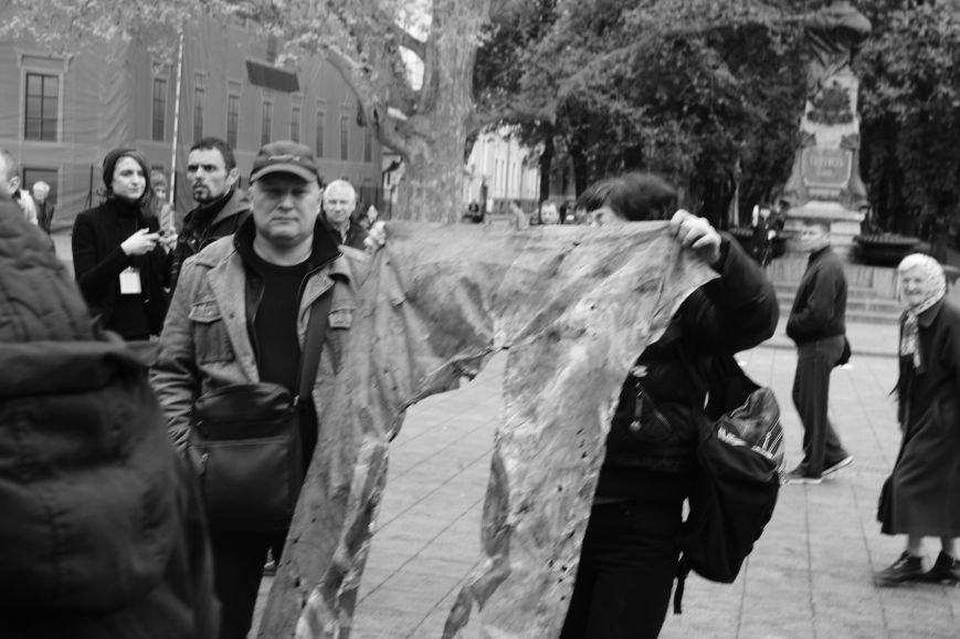 Полиция с титушками на службе у мэрии: Как в Одессе разгоняли мирный протест (ФОТО) (фото) - фото 1