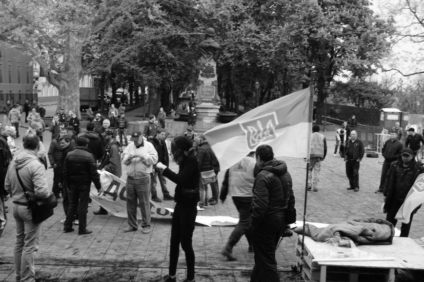 3de55bfdc8005d766d09e3d54ceade2c Полиция с титушками на службе у мэрии: Как в Одессе разгоняли мирный протест
