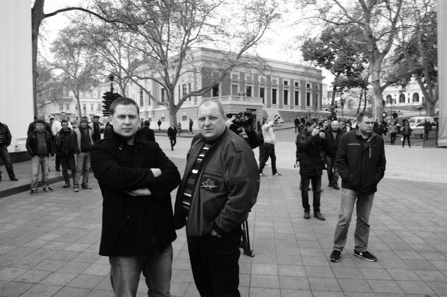 641d311f6233394c8adb3d431f26a7ad Полиция с титушками на службе у мэрии: Как в Одессе разгоняли мирный протест