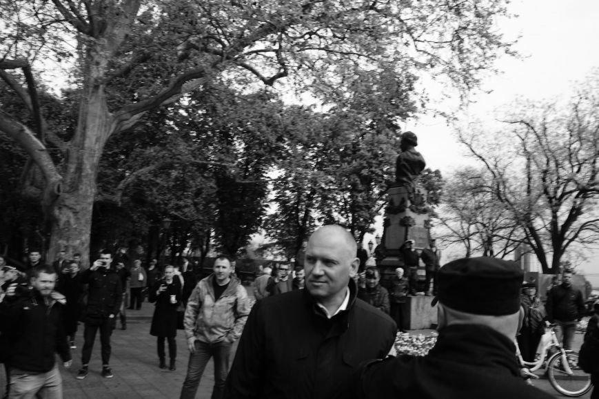 6d45430fe1db37b37e636f47e0c9ad2e Полиция с титушками на службе у мэрии: Как в Одессе разгоняли мирный протест