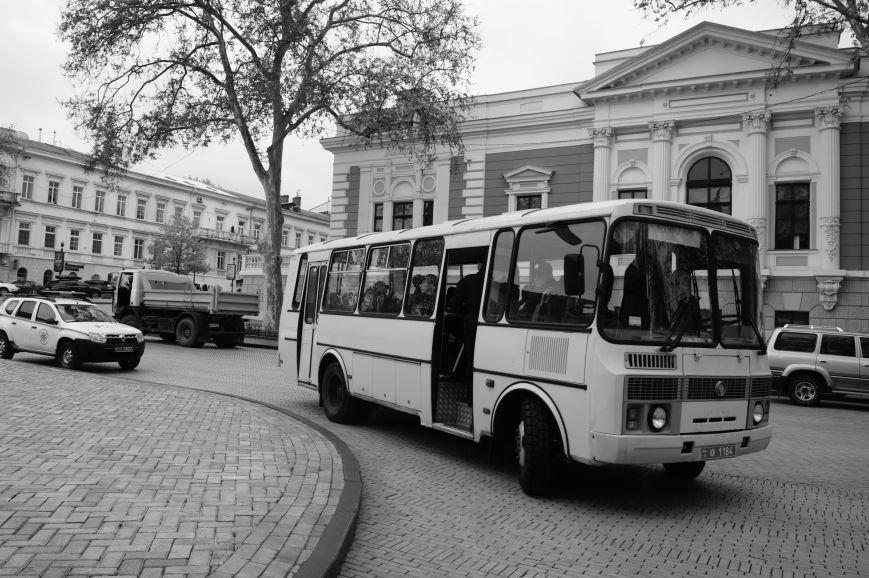 8b1579342e5b592147b4faef88aa3686 Полиция с титушками на службе у мэрии: Как в Одессе разгоняли мирный протест
