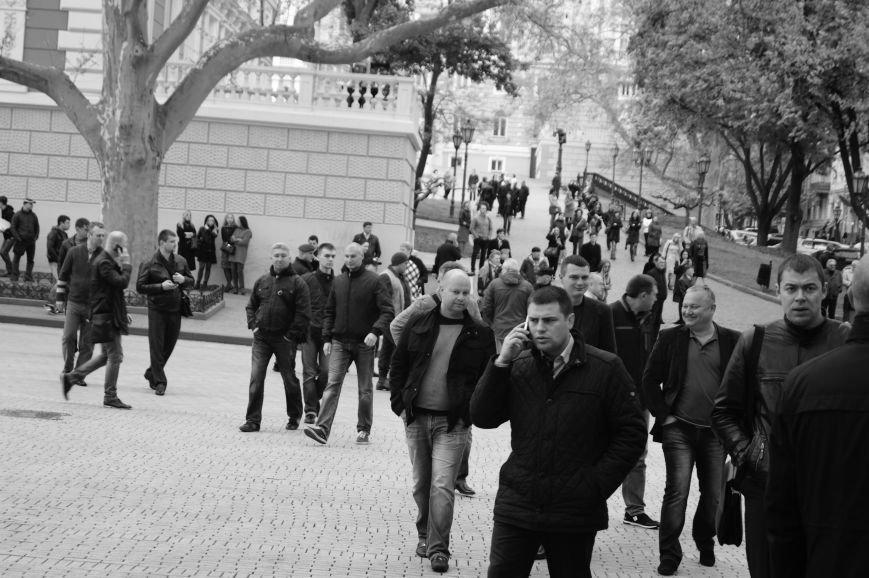 93708efc30d8b40041a274c91b1e6a27 Полиция с титушками на службе у мэрии: Как в Одессе разгоняли мирный протест