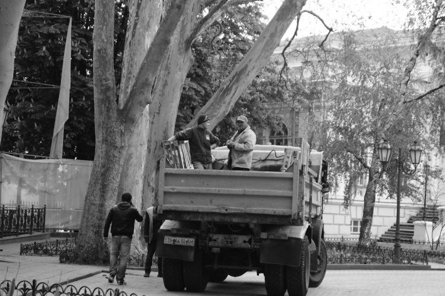 962aa601d0b42b84915c5030ab73b844 Полиция с титушками на службе у мэрии: Как в Одессе разгоняли мирный протест