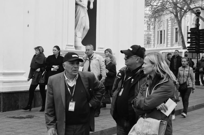 9aeb7c6c1d47bf6ac7eb2f2f76573ead Полиция с титушками на службе у мэрии: Как в Одессе разгоняли мирный протест