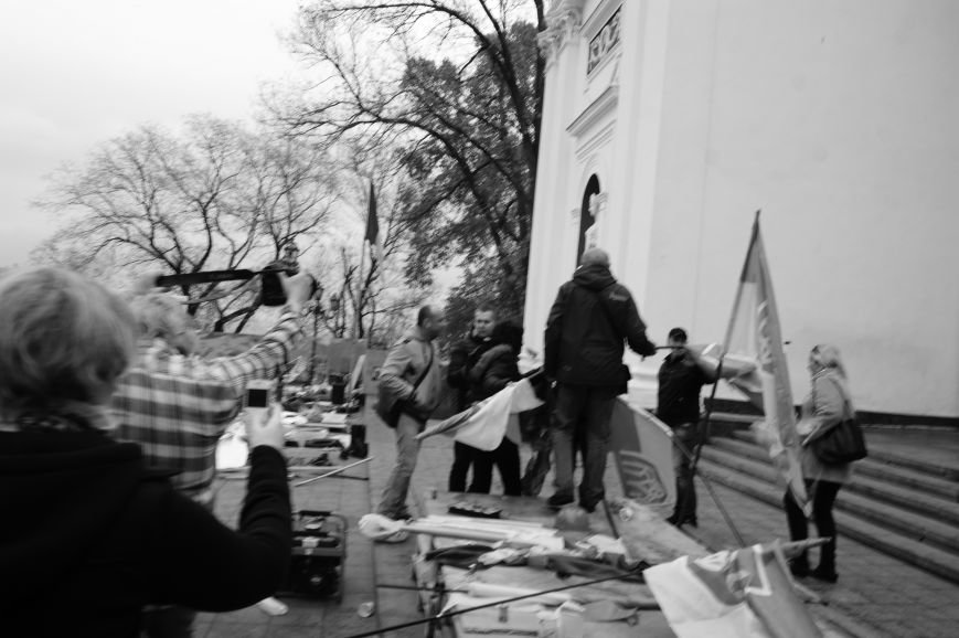 d26a921d336616611ef9082707a427f6 Полиция с титушками на службе у мэрии: Как в Одессе разгоняли мирный протест