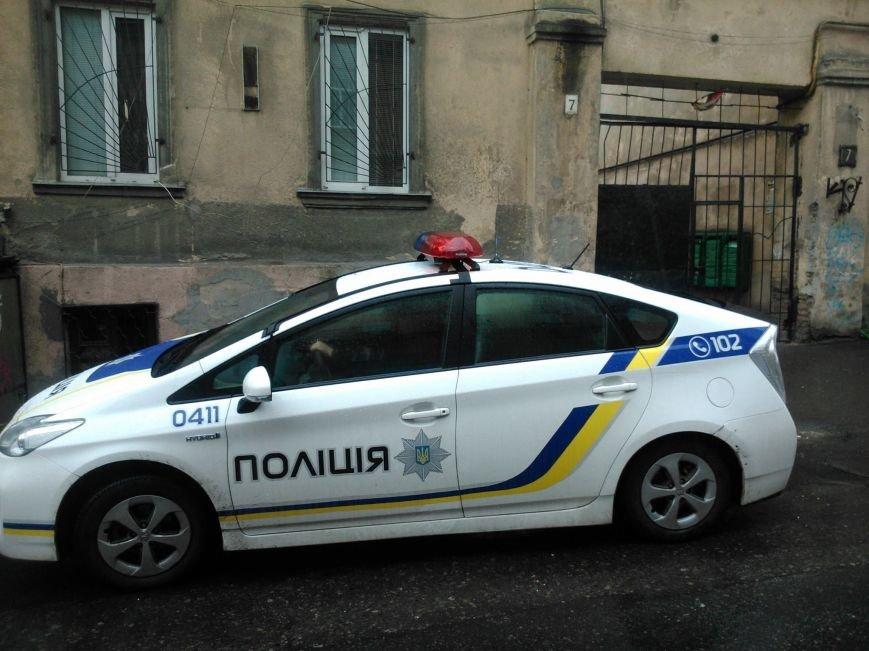 5466eefab30b46ec0c0a310321e79db2 Фотоподборка: Как в Одессе паркуется полиция