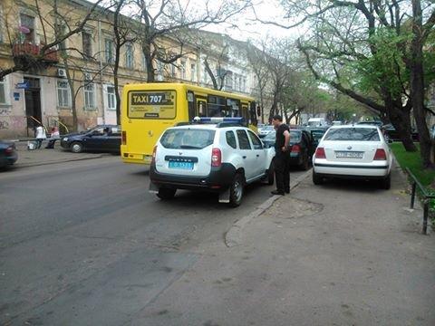 776c031d83e7804ed6ed68e541a90160 Фотоподборка: Как в Одессе паркуется полиция