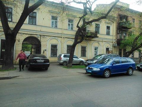 d56a0f2cd5b269d0511fc5c0d78cd3ac Фотоподборка: Как в Одессе паркуется полиция