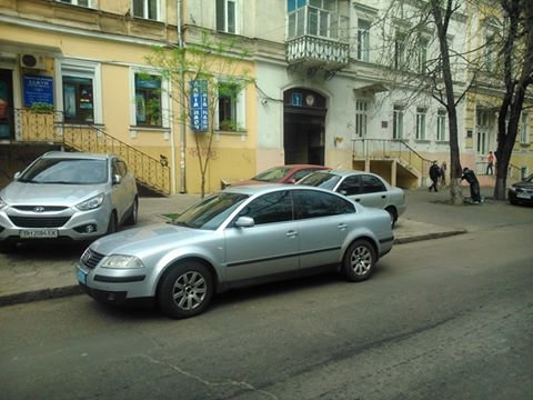 f16892974709f82bb07e8940a72b3cc7 Фотоподборка: Как в Одессе паркуется полиция