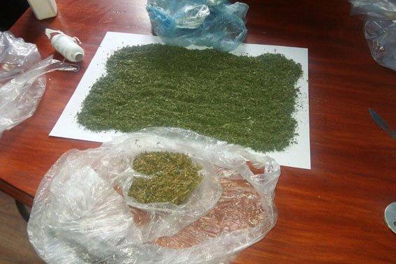 У Львівській області мати принесла для свого сина наркотики у виправний заклад (ФОТО) (фото) - фото 3