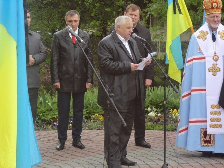 В Івано-Франківську вшанували ліквідаторів ЧАЕС (фоторепортаж) (фото) - фото 5