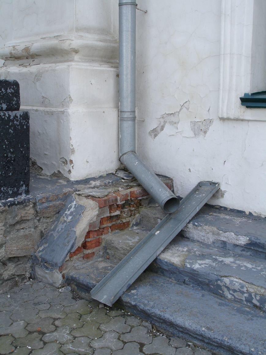 У Білій Церкві руйнується костел (фото) - фото 5