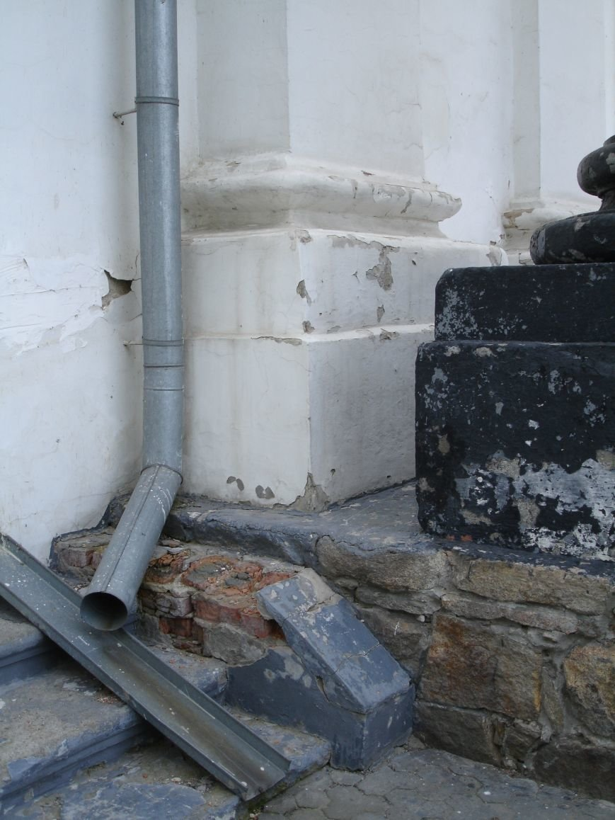 У Білій Церкві руйнується костел (фото) - фото 6