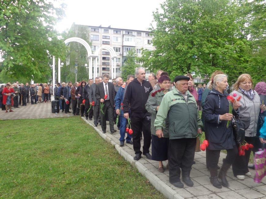В Красноармейске (Покровске) торжественно почтили светлую память жертв и героический подвиг ликвидаторов аварии на Чернобыльской АЭС (фото) - фото 10