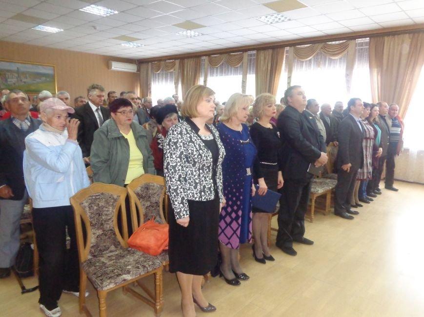 В Красноармейске (Покровске) торжественно почтили светлую память жертв и героический подвиг ликвидаторов аварии на Чернобыльской АЭС (фото) - фото 18