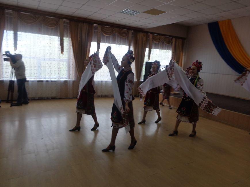 В Красноармейске (Покровске) торжественно почтили светлую память жертв и героический подвиг ликвидаторов аварии на Чернобыльской АЭС (фото) - фото 15