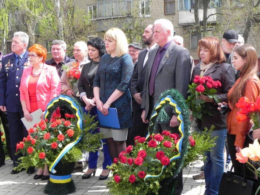 Митинг-реквием в память о Чернобыле прошел в Бердянске (фото) - фото 8
