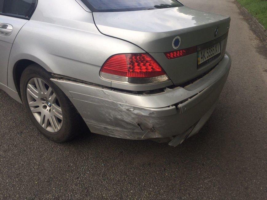 BMW столкнулся с такси DAEWOO Lanos, а Kia Rio сбила мужчину (фото) - фото 5