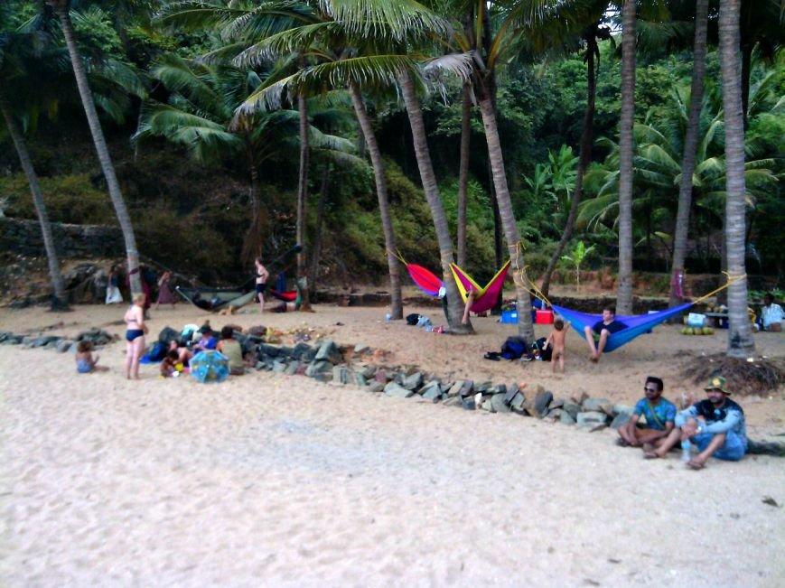 не гот«Хиппи живут на пляже на 50$ в месяц, а кто-то снимает отель за 100$ в сутки»: парень из Новополоцка полгода прожил в Индии (фото) - фото 4