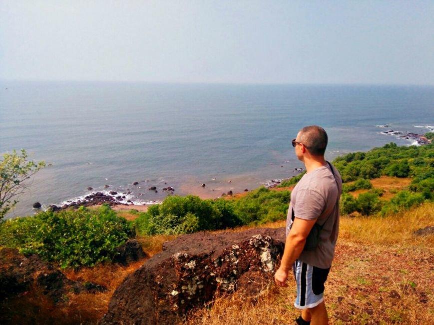 не гот«Хиппи живут на пляже на 50$ в месяц, а кто-то снимает отель за 100$ в сутки»: парень из Новополоцка полгода прожил в Индии (фото) - фото 1